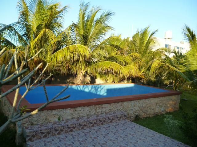 Casa tipo villa en venta en cholul zona norte de merida for Casa con piscina zona norte merida